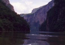 El-Sumidero-Tuxtla-Gutierrez-Mexico-2