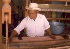 Textile-worker-Oaxaca-Mexico